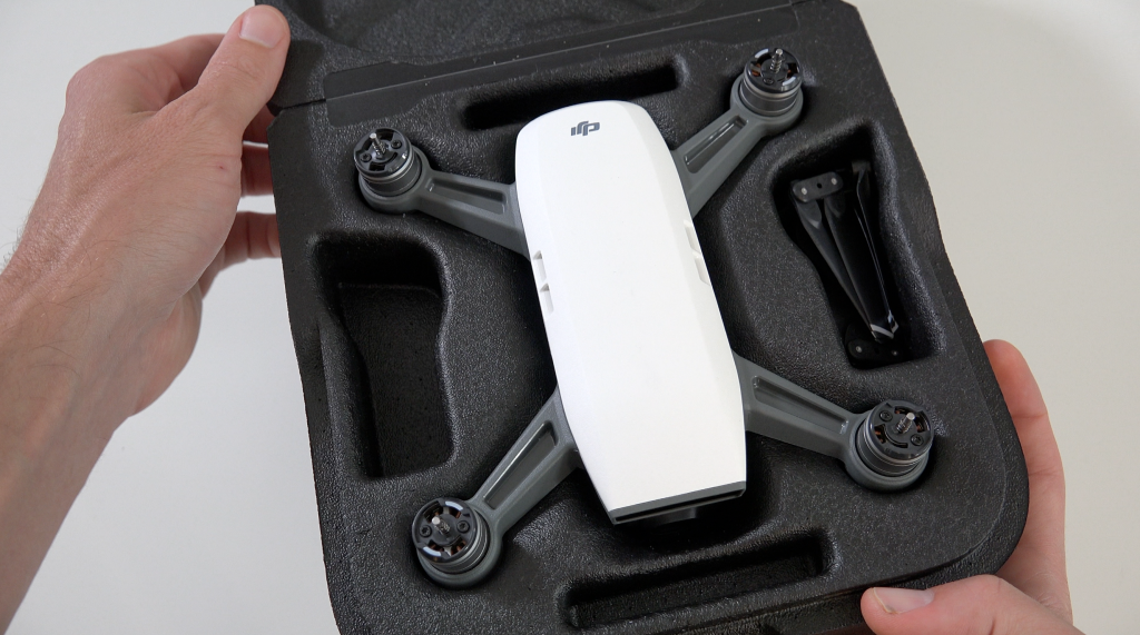 dji-spark-unboxing-1024x571