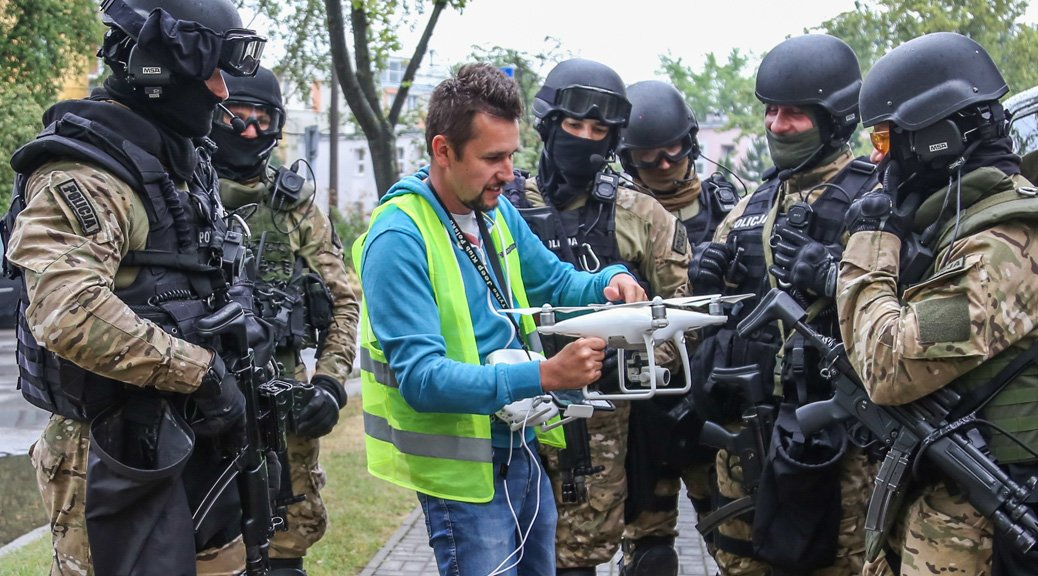 dronowe przepisy 2019 uavo